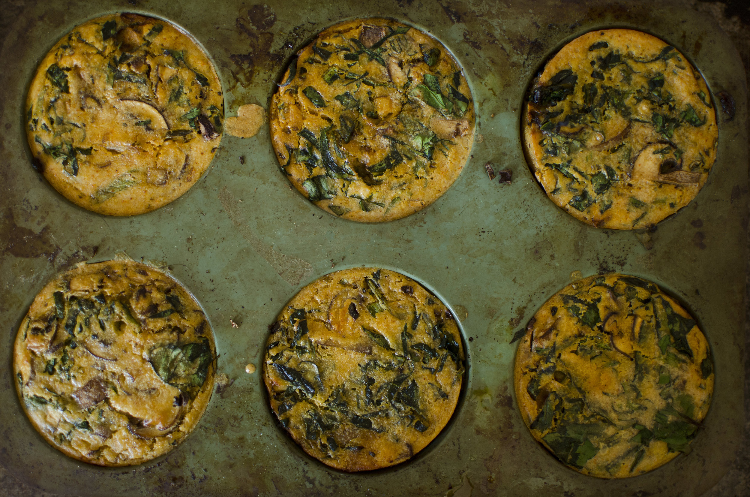 Mini Chickpea Quiches with Mushroom Spinach Vegan