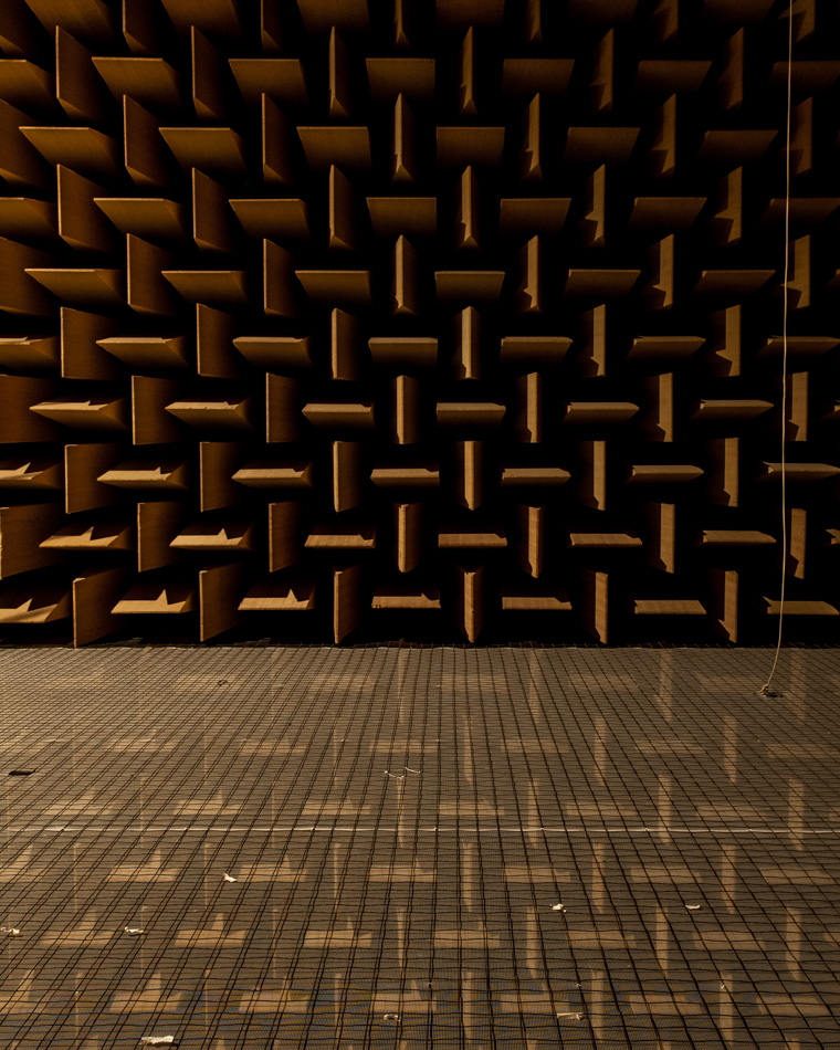 audio-anechoic-chmaber-dtu-©-alastair-philip-wiper-4