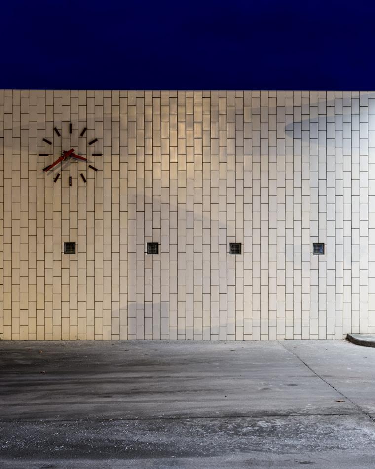 arne-jabobsen-petrol-station-©-alastair-philip-wiper-3