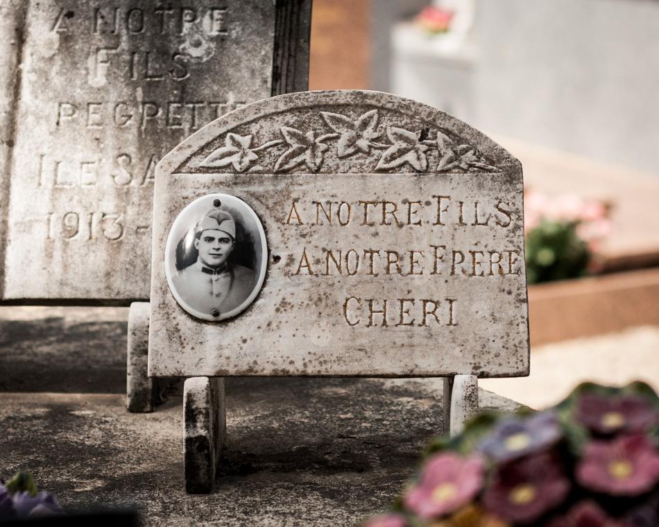 provence-graveyard-(c)-ALASTAIR-PHILIP-WIPER-13