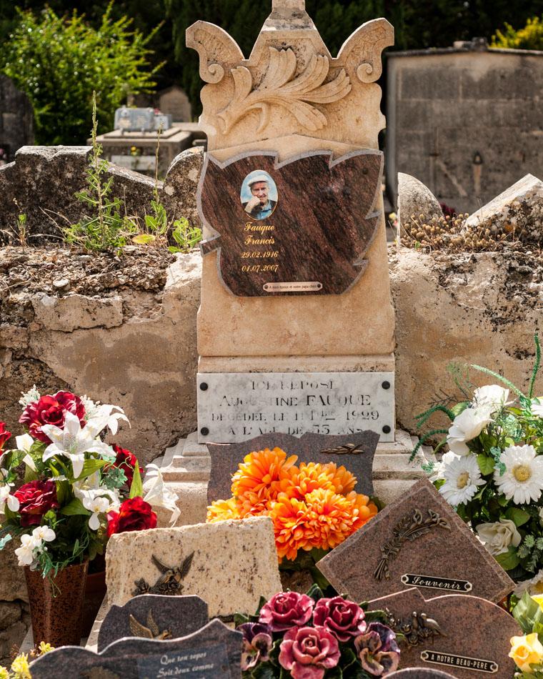 provence-graveyard-(c)-ALASTAIR-PHILIP-WIPER-80