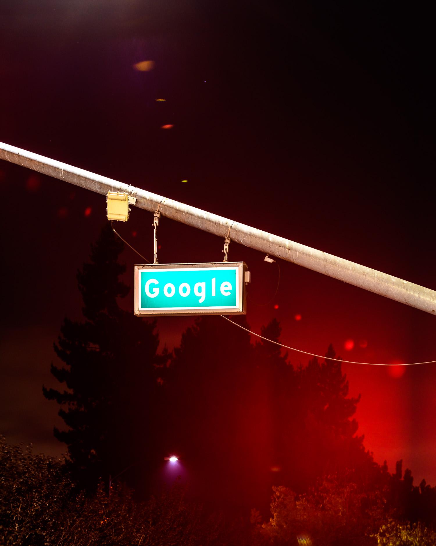 Traffic light on Google Road, the Googleplex, Mountain View