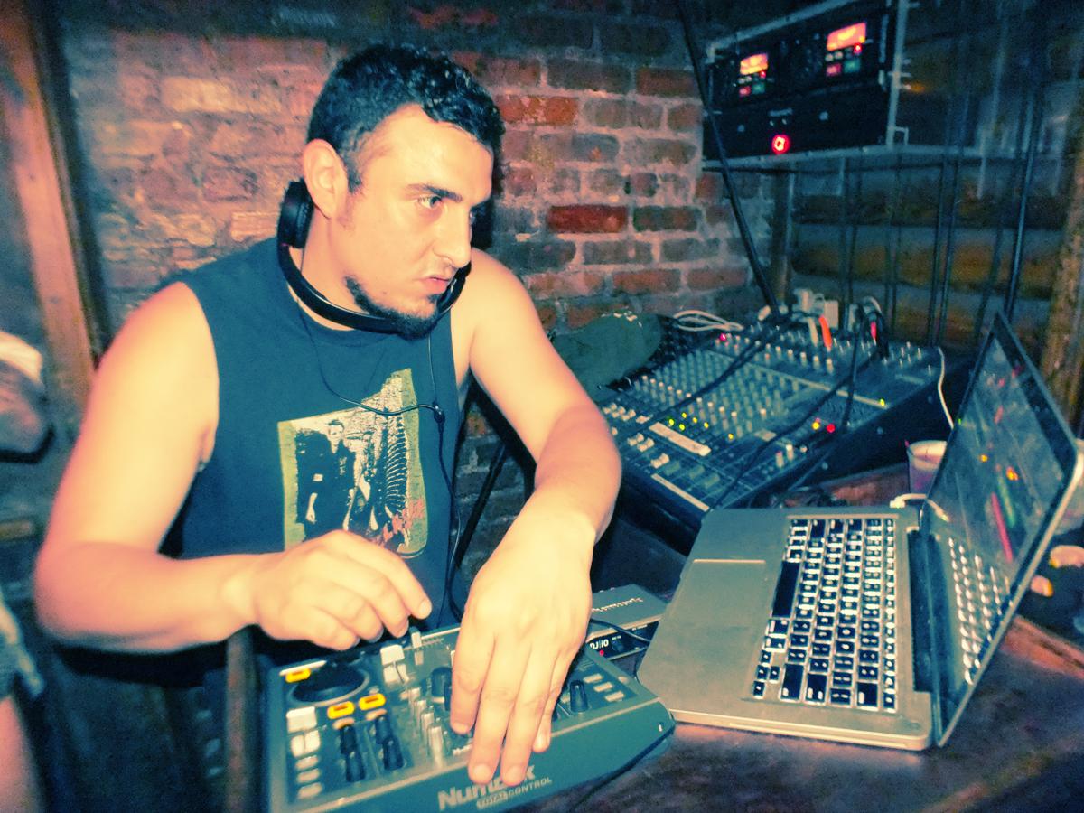 DJ Cristo