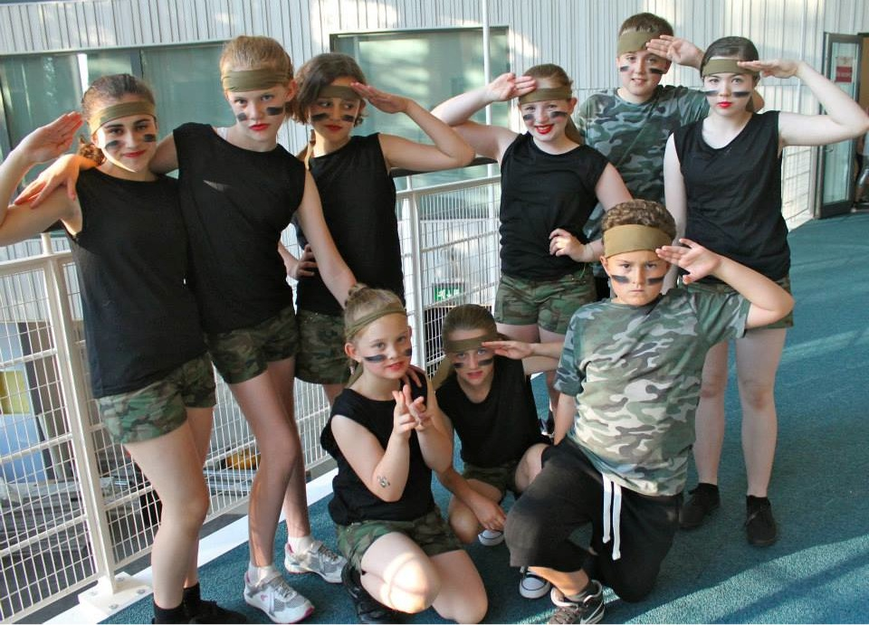 Show 2013 Army.png