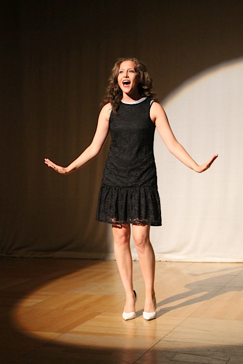Show 2014 Solo Sing.png