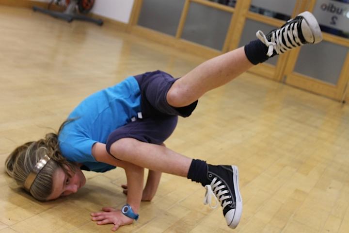 Dance_3.png