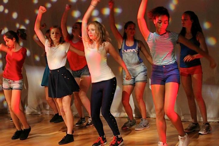 Dance_6.png