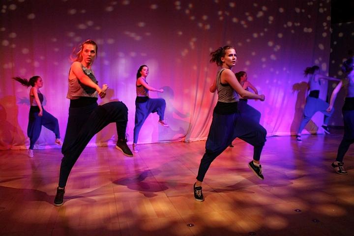 Dance_9.png
