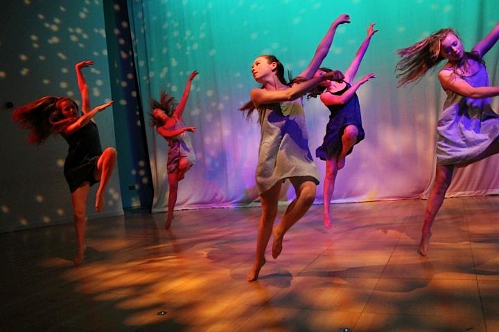 Dance_10.png