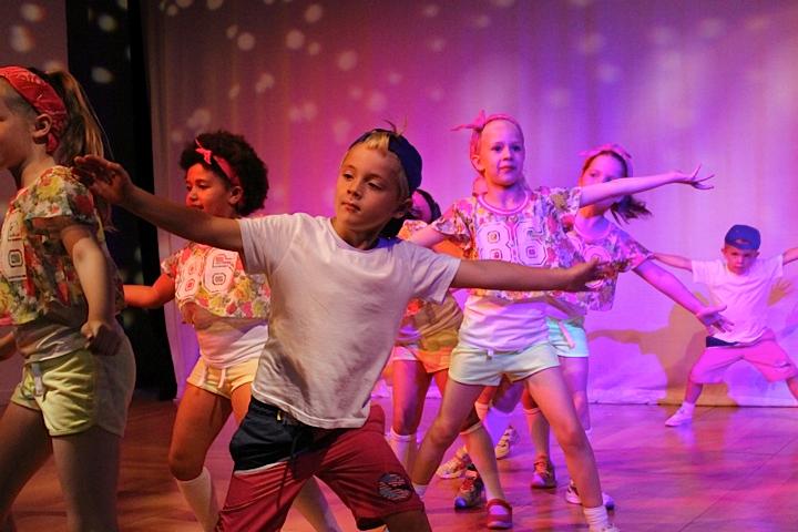 Dance_14.png
