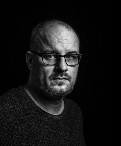 Matti Kankaanniemi - Matti Kankaanniemi on psykologiaan perehtynyt tutkija, kirjailija, toimitusjohtaja ja vapaaotteluvalmentaja. Hän on toiminut Åbo Akademin Historical Jesus Workshop -tutkimusryhmässä ja julkaissut useita artikkeleita ja kirjoja liittyen historiallisen Jeesuksen tutkimukseen myös psykologian näkökulmasta.