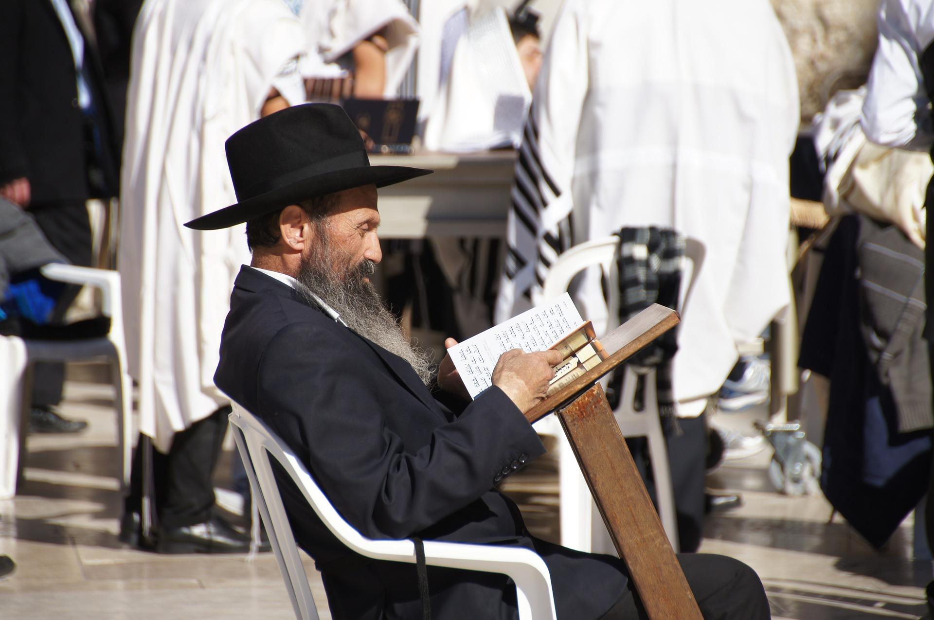Israel-kurssi, 2-jakso: Jumala toimii kansojen keskellä 25.–26.1.2020 - Israelin itsenäisyys, aika sen jälkeen ja nykypäivä. Itsenäisyystaistelut, 6 päivän sota. Paluumuutto eli Alija. Mitä on juutalaisuus ja sen merkitys. Juutalaiset eri maissa. Palestiinan historia ja nykytilanne.