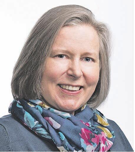Ulla Dahlen - Ulla on kokenut sielunhoitoterapian ammattilainen. Hän on opiskellut sielunhoitoa ja sen ohjausta Yhdysvalloissa. Ulla on toiminut myös pitkään sielunhoitoterapian opettajana sekä kotimaassa että lähetyskentillä. Hänen sydämellään on kehittää sielunhoidon opetusta seurakuntakentällä.