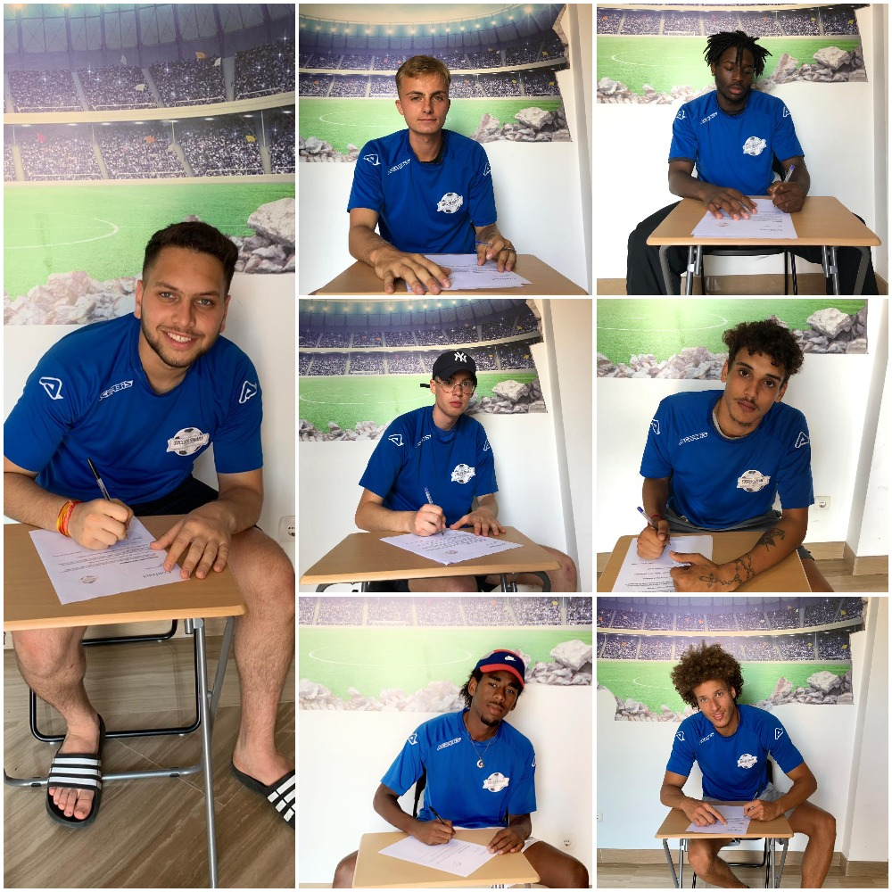 A few of a the new recruits signing their Spanish soccer academy deals!