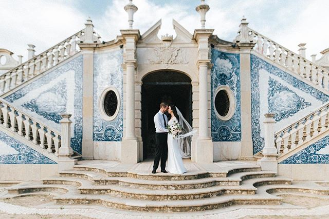 Love is blue 💙 . . . . #cheias_de_graca #weddinginportugal #destinationwedding #portugalwedding #weddingphotography #fotografiadecasamento #weddinginspiration #vscowedding #bride #groom #weddingday  #p3top #postthepeople #oh_mag #lifeispeople #likesmagazine #lovelysquares #nothingisordinary #thislifetoday #faded_world  #makeportraits #untoldvisuals #igmasters #ig_portugal #igersportugal  #lookslikefilm #expofilm  #exploretocreate #junebugweddings
