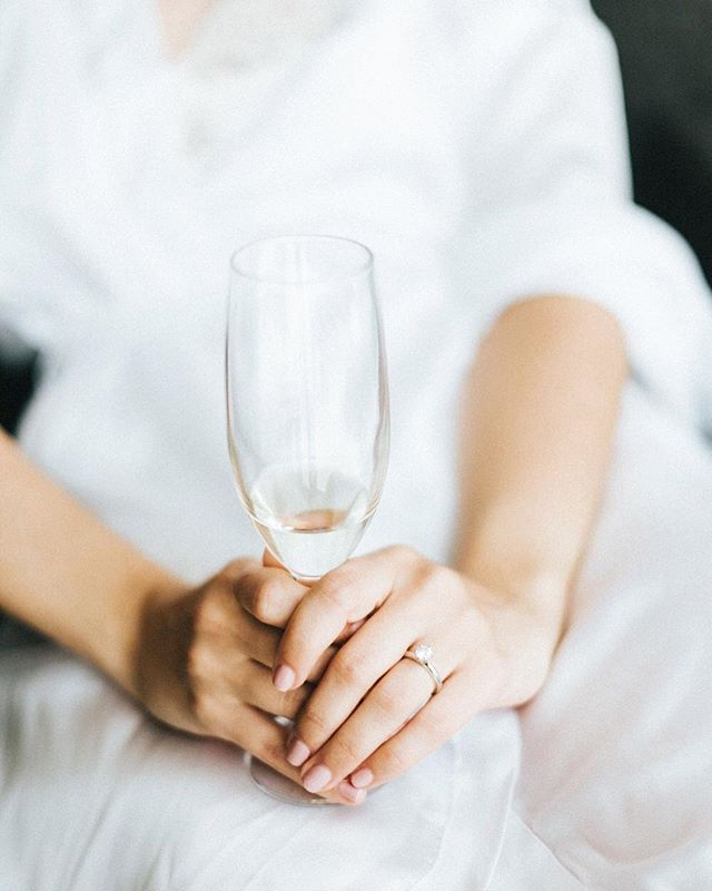 Cheers darlin' 🥂 . . . . #cheias_de_graca #weddinginportugal #destinationwedding #portugalwedding #weddingphotography #fotografiadecasamento #weddinginspiration #vscowedding #bride #groom #weddingday  #p3top #postthepeople #oh_mag #lifeispeople #likesmagazine #lovelysquares #nothingisordinary #thislifetoday #faded_world  #makeportraits #untoldvisuals #igmasters #ig_portugal #igersportugal  #lookslikefilm #expofilm  #exploretocreate #junebugweddings
