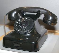 Telephone_W48_Bakelit_IMGP9744.jpg