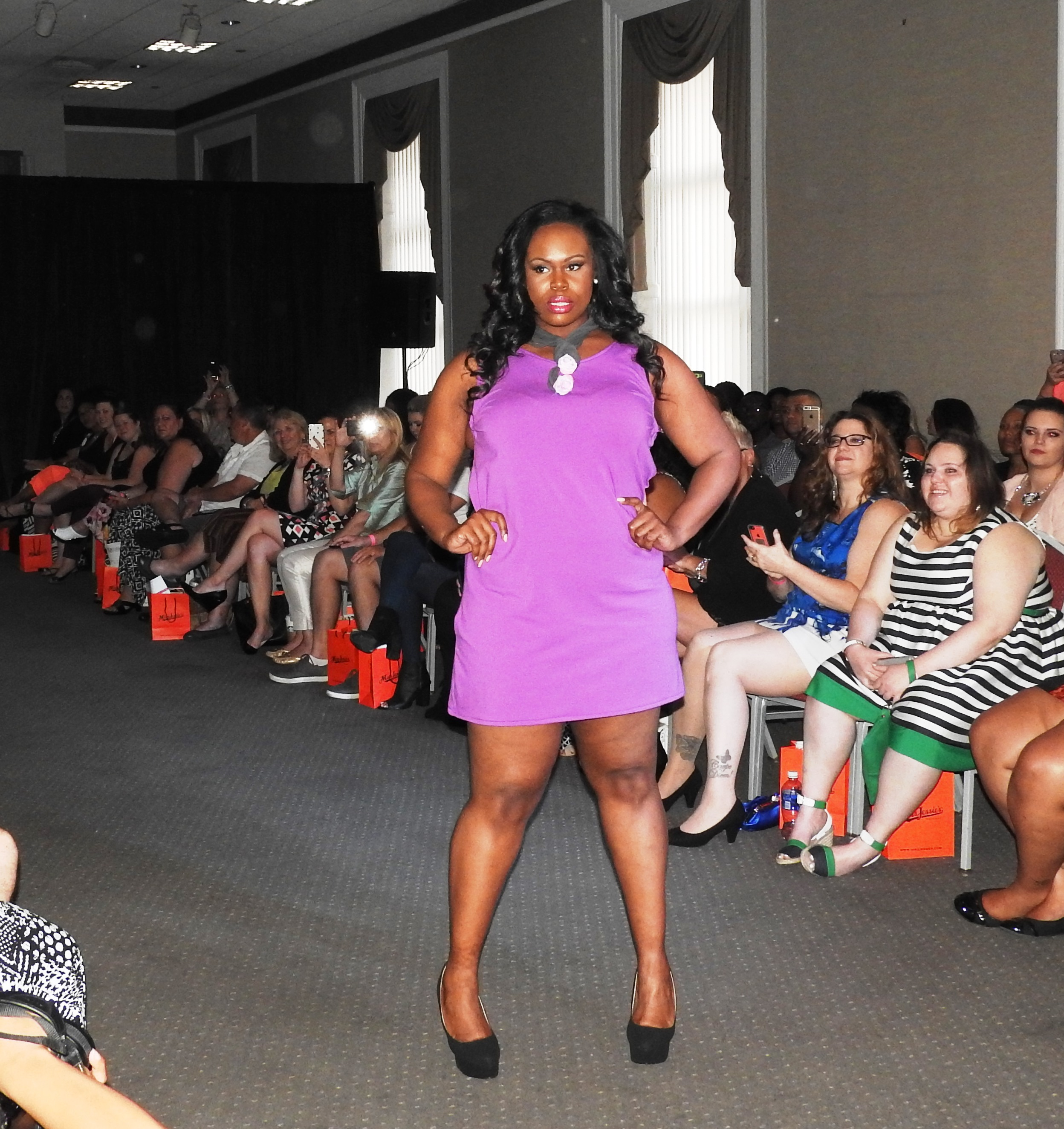 BOSTON CURVY FW 2015