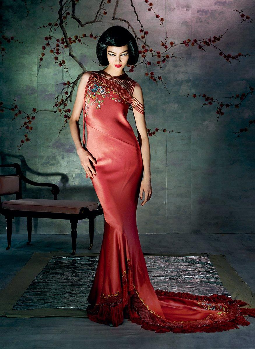 met-gala-costume-exhibit-china-through-the-looking-glass-8.jpg