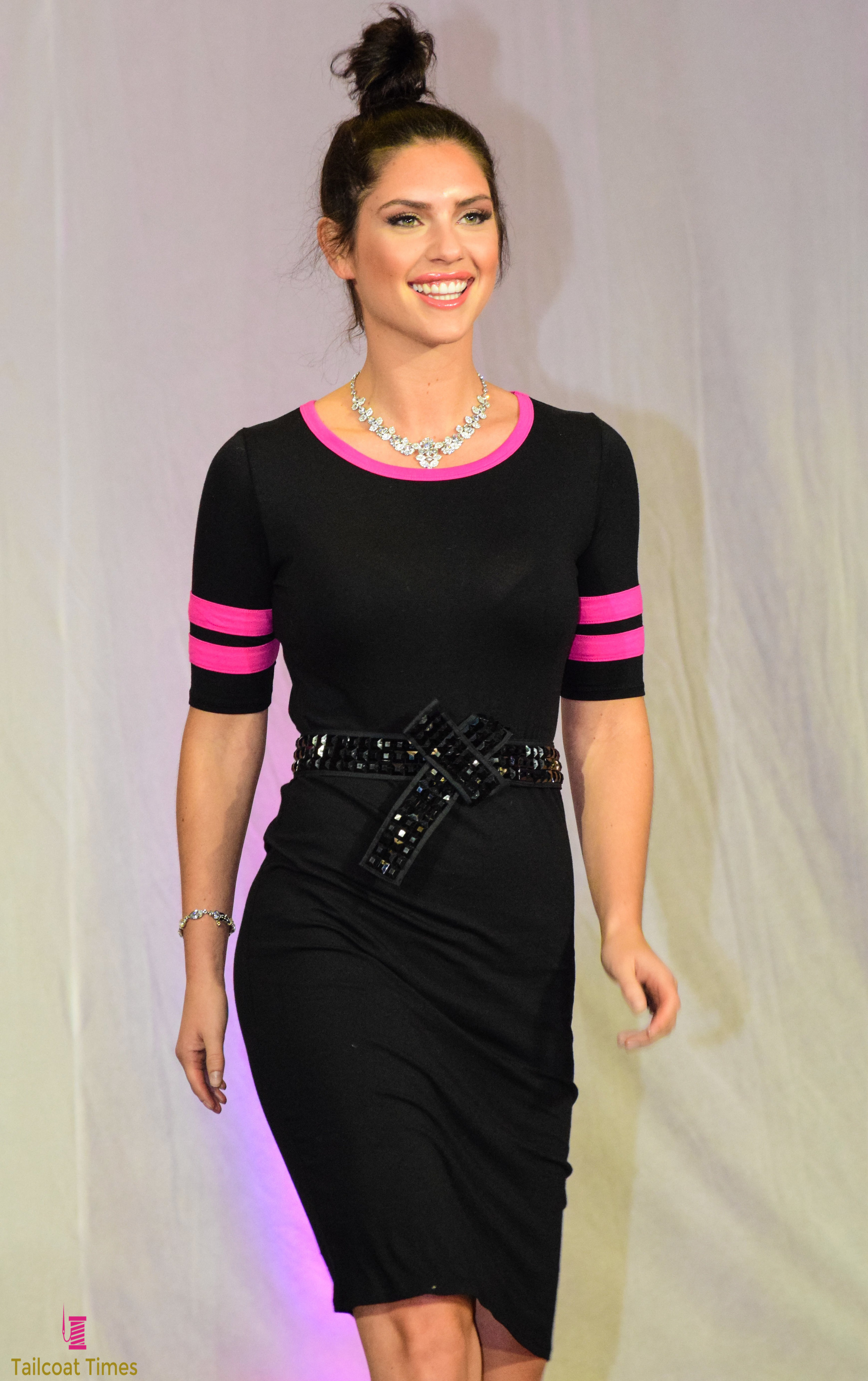 Catwalk for a Cure (29)-16.jpg