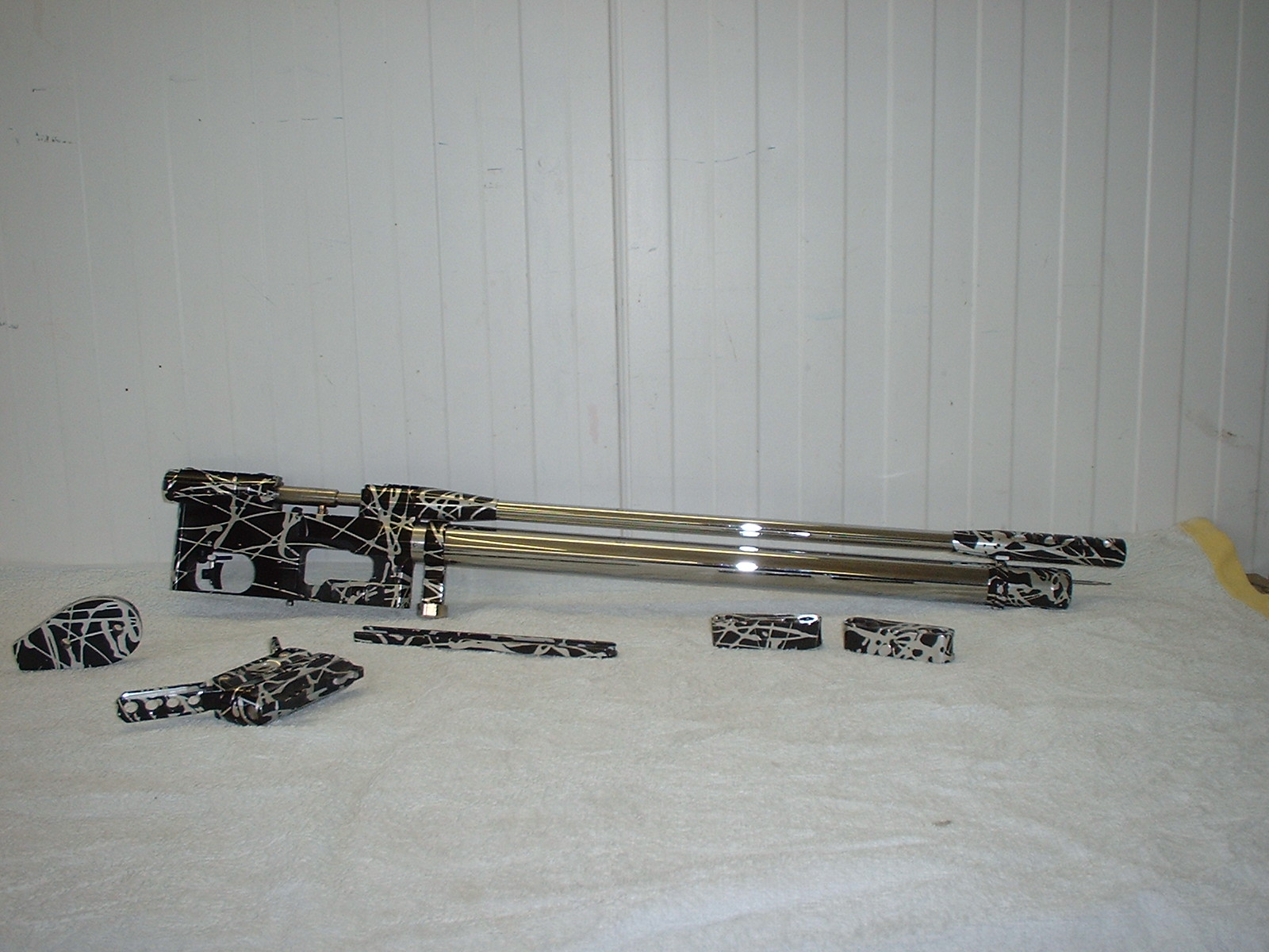 black and silver splass anodised and chrome tubes.jpg