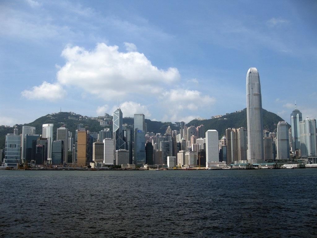 hong-kong-skyline-skyline-222538781.jpg