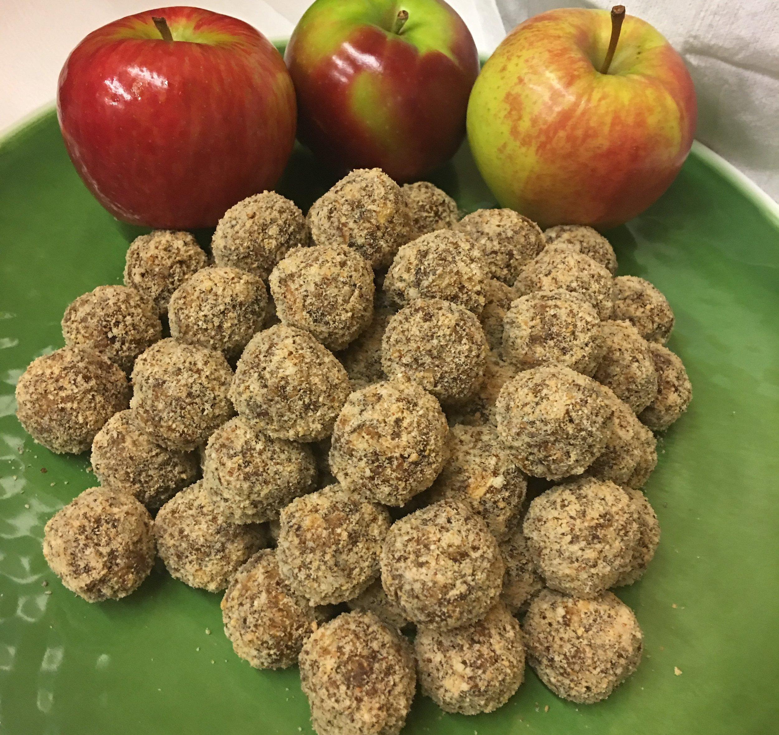 Apple pie bites 7.jpeg