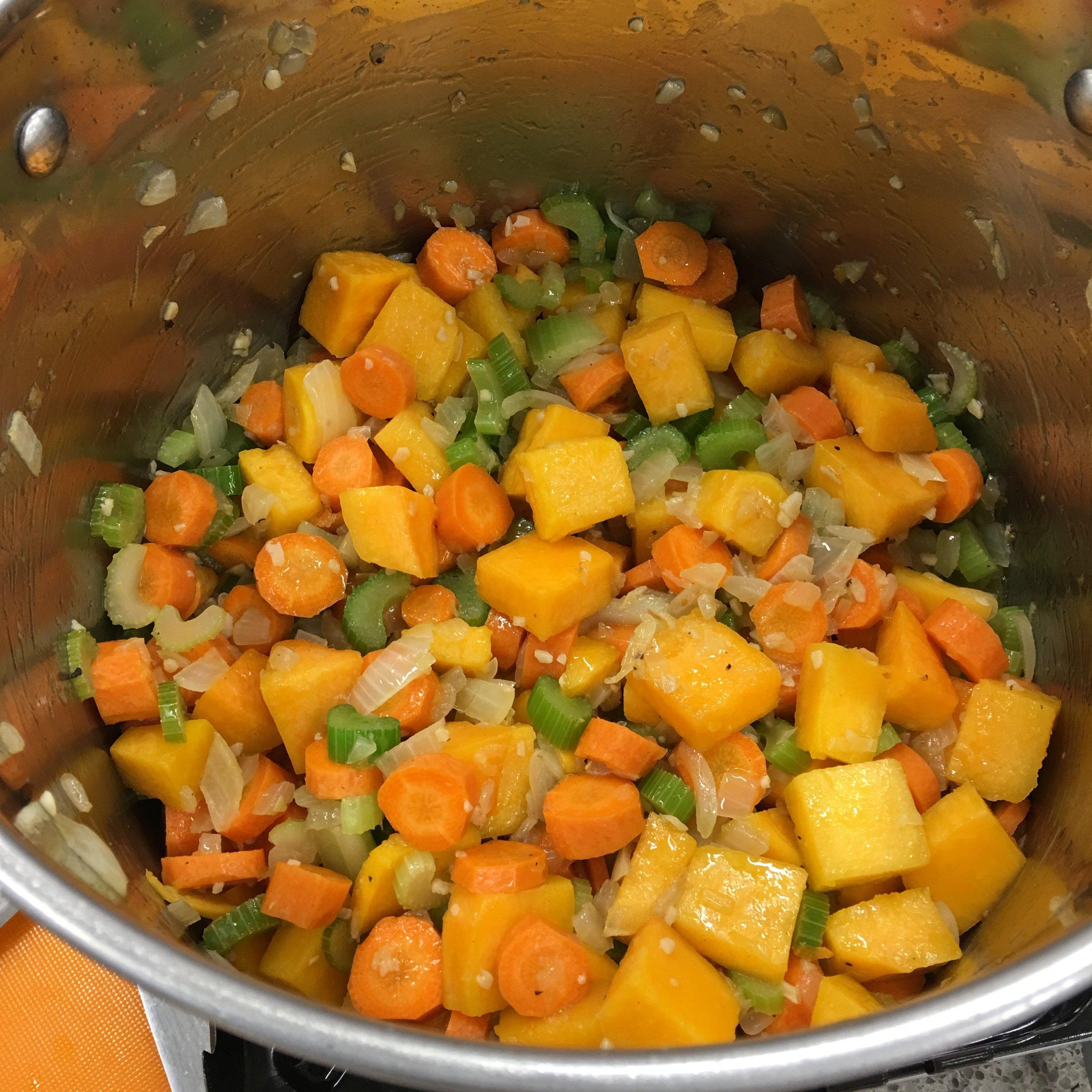 Harvest lentil soup 3.jpeg