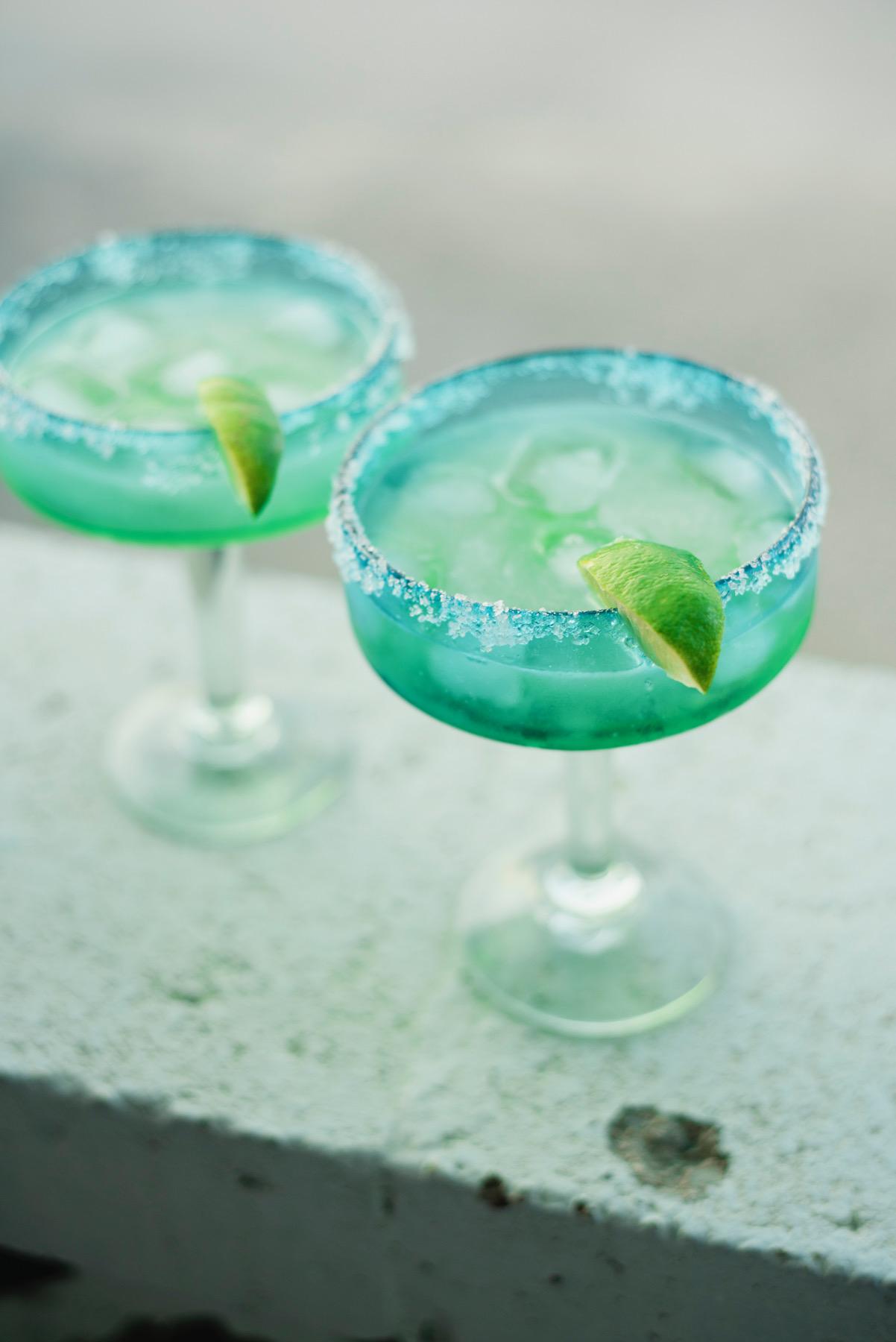 Ingredients: - 1 oz tequila½ oz triple sec2 oz aloe juiceJuice of ½-1 fresh limeCoarse sea salt