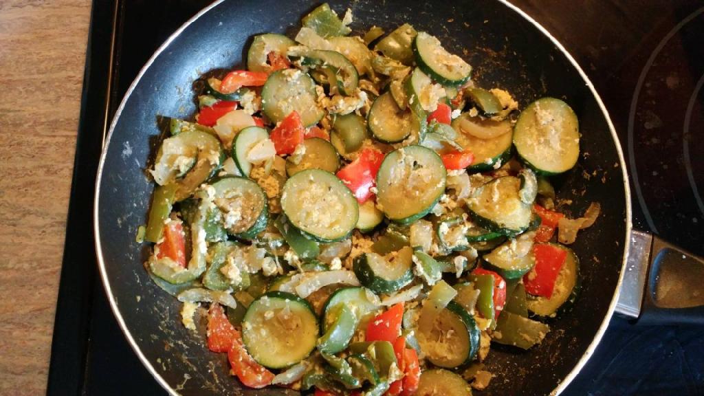 Italian zucchini, onion & pepper sauté -4.jpg