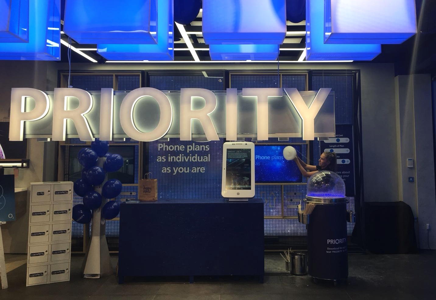 O2 Store Launches