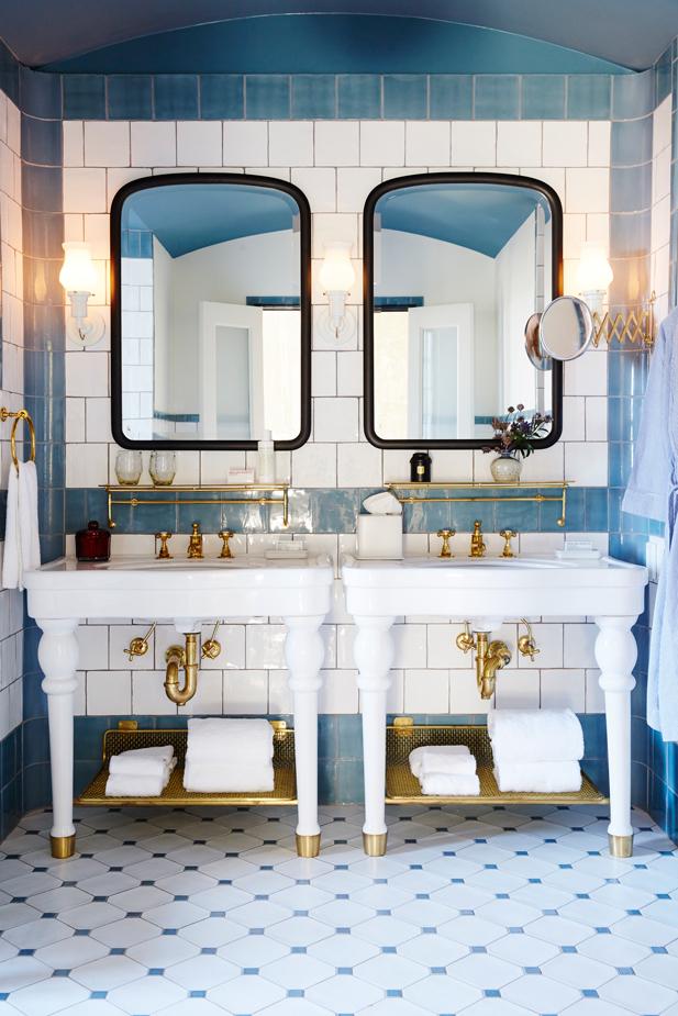 HotelEmma_Bathroom_NF_0053_web.jpg