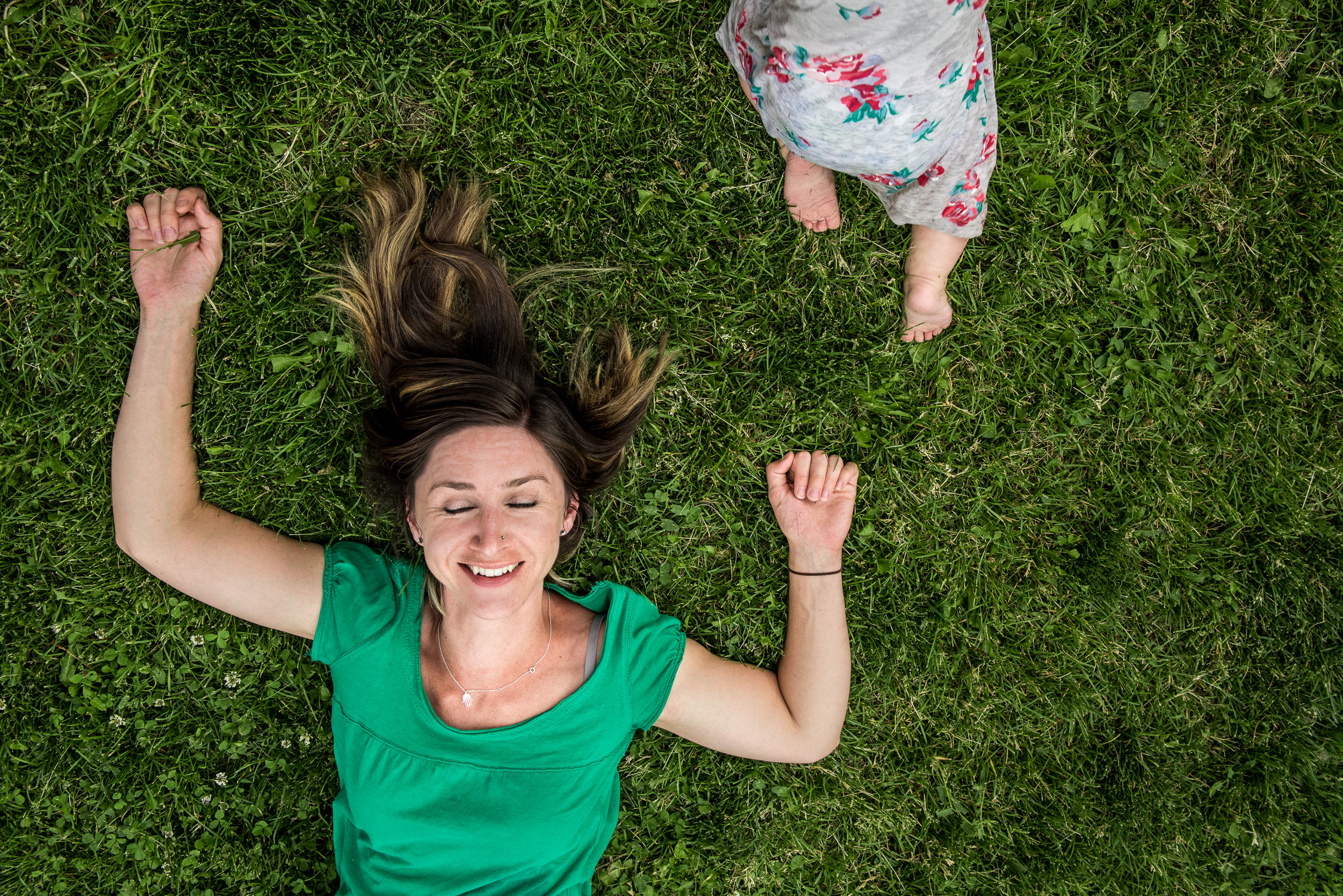Blog - The Pen & Camera - Gratitude Journal, Inspirational, Friendship, Motherhood, Writing, Denver, Colorado -  Molly Rees Photo - Documentary Childhood Photography - mom laying on grass with crawling baby by M. Menschel