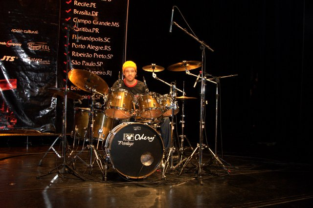 Em Curitiba, no 1º Odery Modern Drummer Festival, 2007