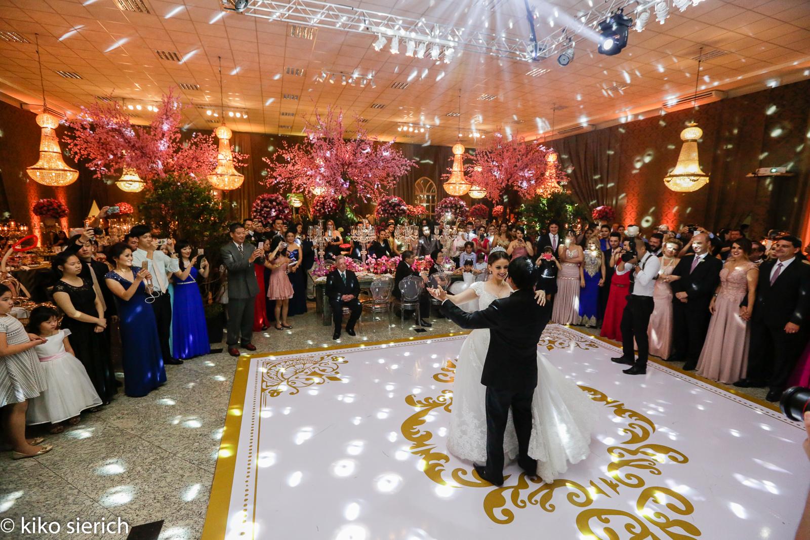 curso de assessoria e cerimonial para casamentos - valsa dos noivos
