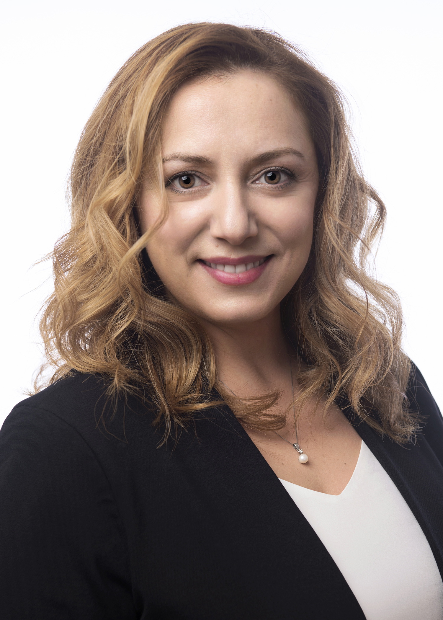 Dilek Oral-Ozdemirci  PMP, CSM, ITIL, SAFE© Program Consultant  Certified Lead Appraiser for CMMI-DEV v1.3 & CMMI® V2.0  Certified Introduction to CMMI-DEV v1.3 Instructor & CMMI® V2.0