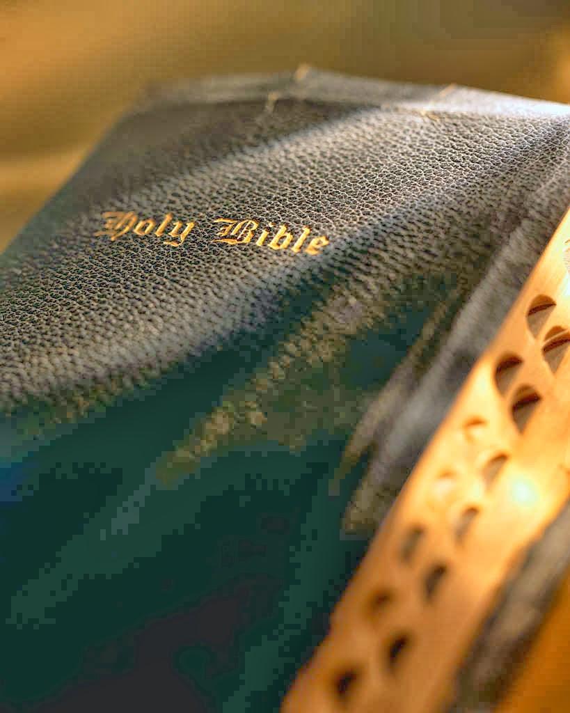 Bible+2.jpg