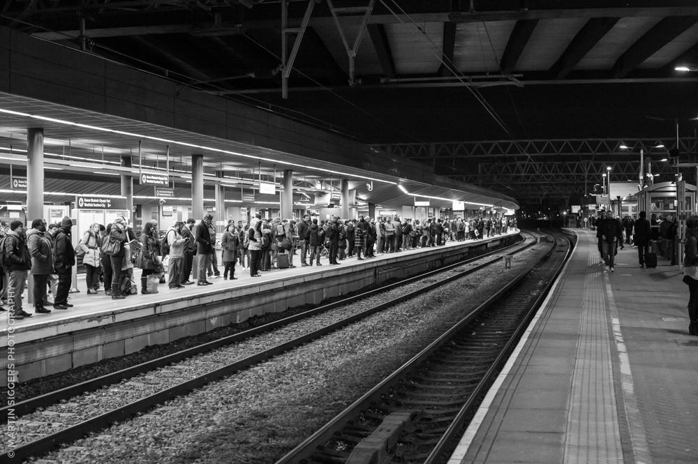 Stratford station, London Nikon D3, Nikon AF-S 50mm 1.4G, f/4.0, 1/100, ISO6400