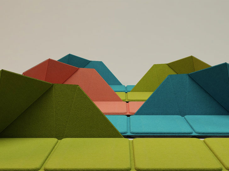 Resmo-Folding-Chair-Colours-by-Ko-Chien-Hui.jpg