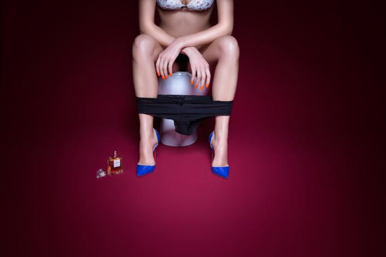 plastik-lady-in-the-loo-editorial-10-750x500.jpg