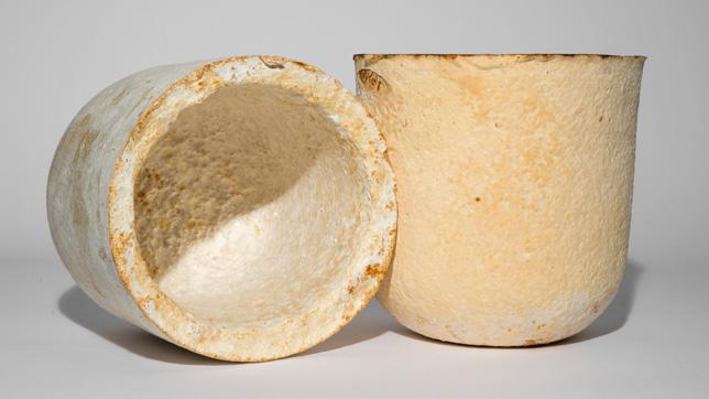 Mycelium-products-by-Officina-Corpuscoli_dezeen_06_644.jpg