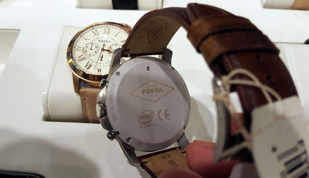 Fossil-Q-Line-Watch-with-Intel-CPU-Inside-wtvox.com_.jpg