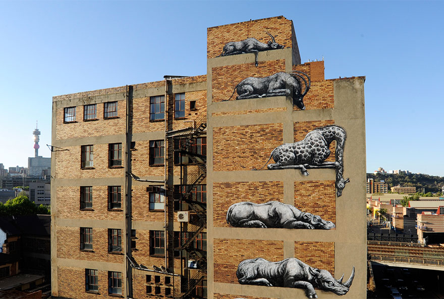 XX-Powerful-Street-Art-Pieces-That-Tell-The-Uncomfortable-Thruth9__880.jpg