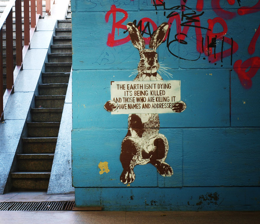 XX-Powerful-Street-Art-Pieces-That-Tell-The-Uncomfortable-Thruth33__880.jpg