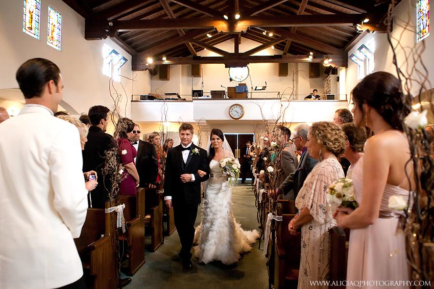 San-Diego-Catholic-Wedding-Saint-Agnes-Sheraton (12)