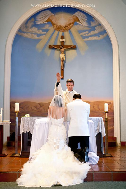 San-Diego-Catholic-Wedding-Saint-Agnes-Sheraton (18)