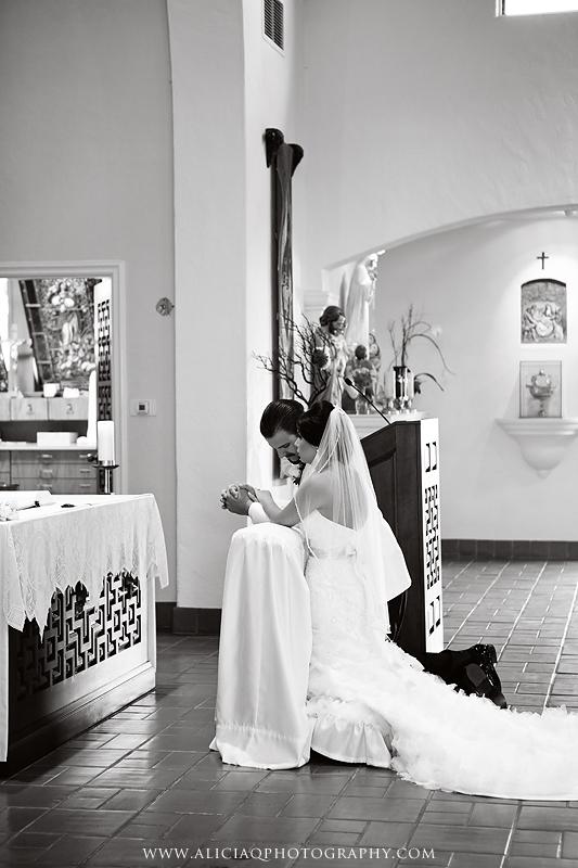 San-Diego-Catholic-Wedding-Saint-Agnes-Sheraton (20)