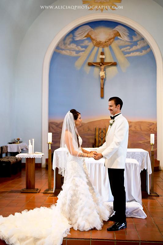 San-Diego-Catholic-Wedding-Saint-Agnes-Sheraton (22)