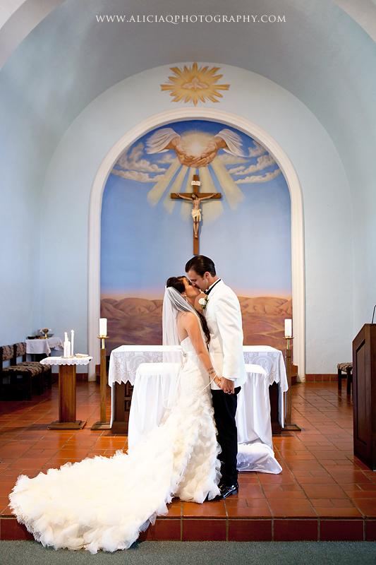 San-Diego-Catholic-Wedding-Saint-Agnes-Sheraton (23)