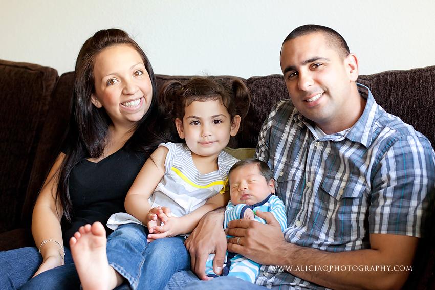San-Diego-Newborn-Lifestyle-Photography (17)